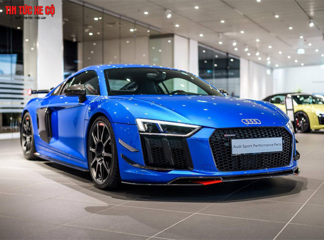 Thủ tục mua trả góp xe Audi R8