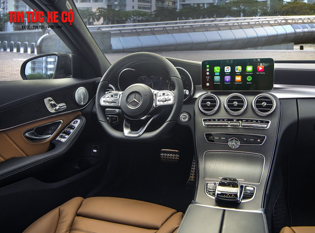 Mercedes C300 được khoác lên bộ áo da ARTICO cao cấp