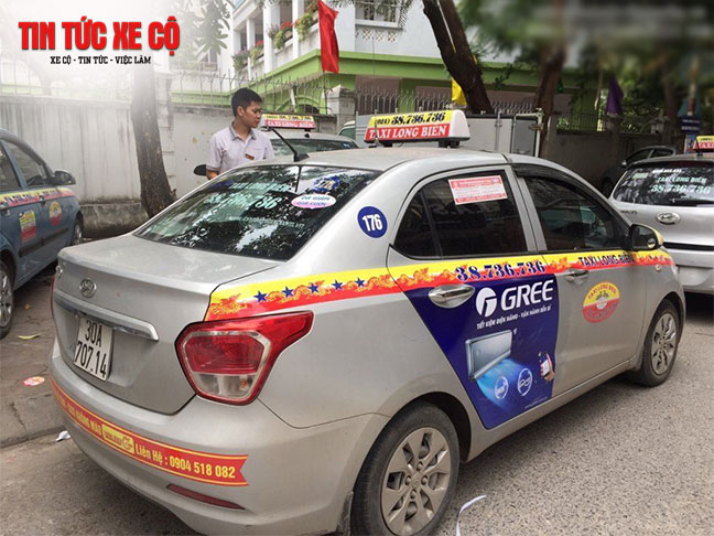 Để đặt xe, gọi xe chỉ cần gọi đến tổng đài hoặc sử dụng app taxi