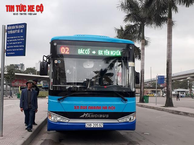 xe bus 02 hà nội