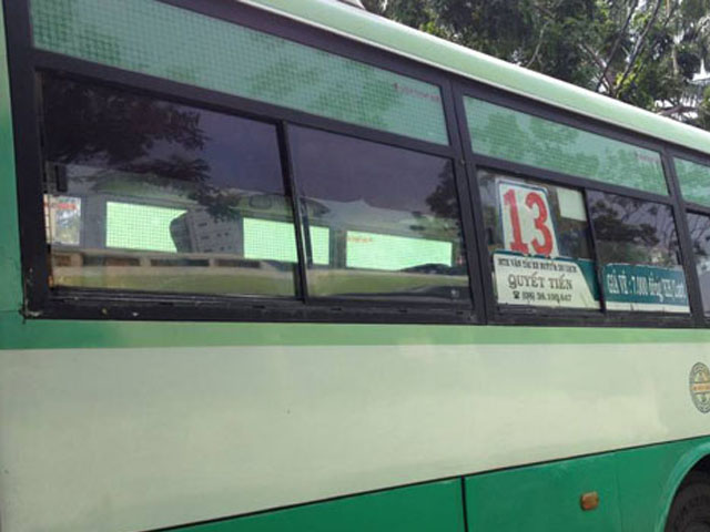 xe bus 13 tphcm