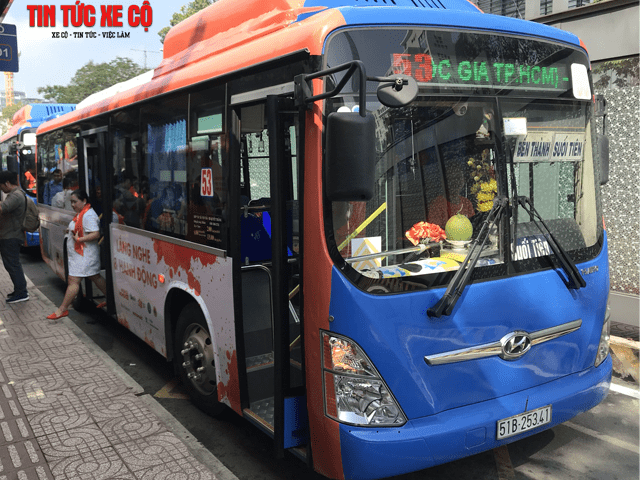 xe bus 53 tphcm