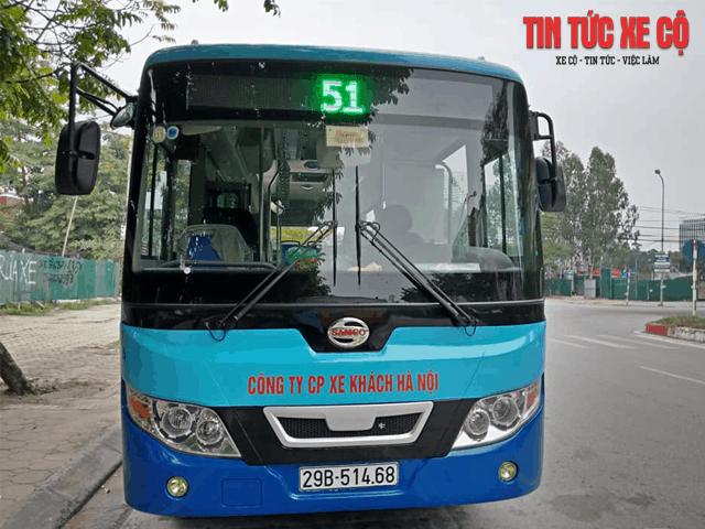 hình ảnh xe buýt số 51 hà nội