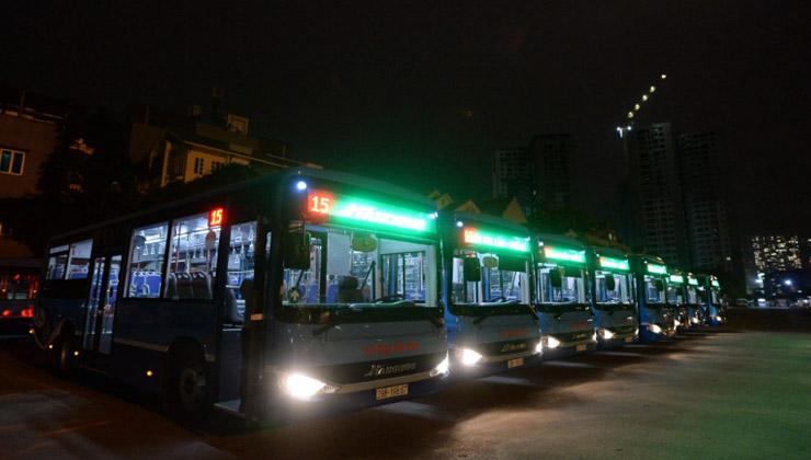 xe buýt số 15 hà nội